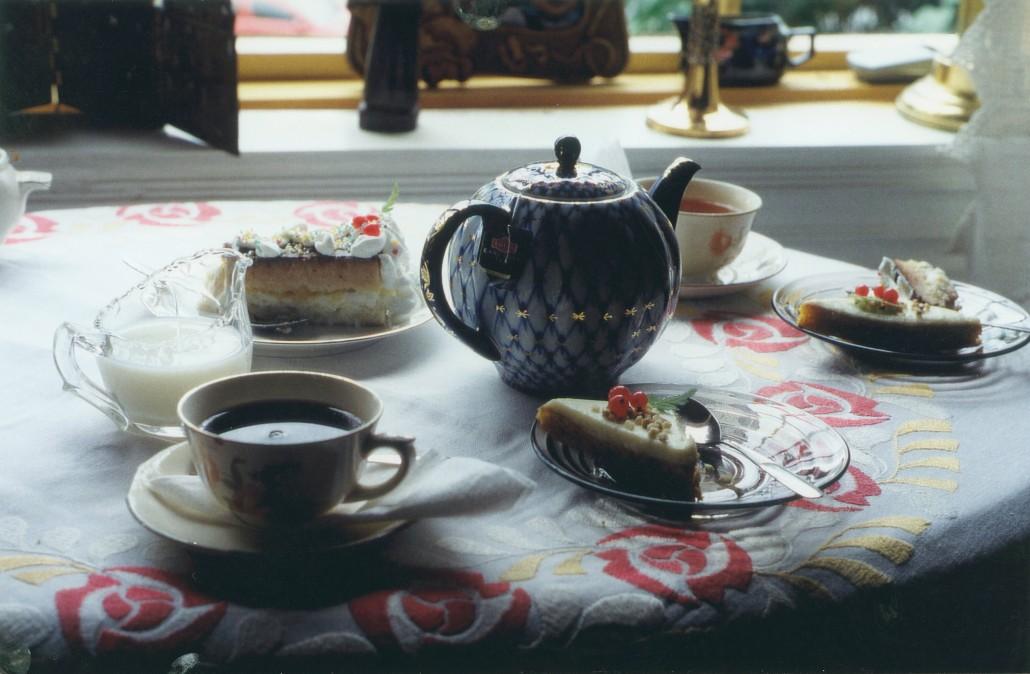 tervapääskyn kahvipöytä